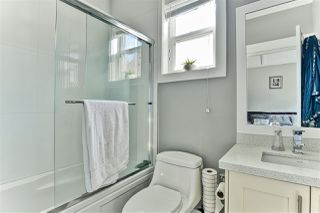 Photo 8: 6482 139A STREET in Surrey: East Newton House for sale : MLS®# R2443422