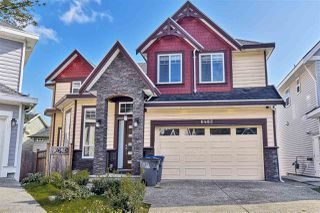 Photo 1: 6482 139A STREET in Surrey: East Newton House for sale : MLS®# R2443422