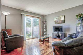 Photo 6: 63 219 90 Avenue SE in Calgary: Acadia Row/Townhouse for sale : MLS®# A1032185