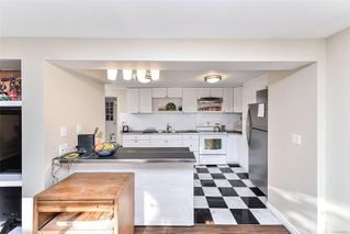 Photo 28: 1210 Old Esquimalt Rd in : Es Rockheights Single Family Detached for sale (Esquimalt)  : MLS®# 855920