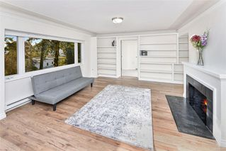 Photo 3: 1210 Old Esquimalt Rd in : Es Rockheights Single Family Detached for sale (Esquimalt)  : MLS®# 855920