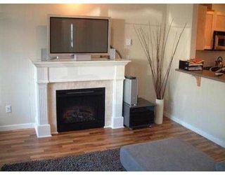"""Photo 3: 101 7000 21ST AV in Burnaby: East Burnaby Townhouse for sale in """"VILLETTA"""" (Burnaby East)  : MLS®# V561865"""