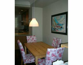 "Photo 3: 2941 LAUREL ST in Vancouver: Fairview VW Townhouse for sale in ""BROWNSTONE"" (Vancouver West)  : MLS®# V576432"