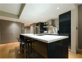 "Photo 2: 2703 788 RICHARDS Street in Vancouver: Downtown VW Condo for sale in ""L'HERMITAGE"" (Vancouver West)  : MLS®# V912496"
