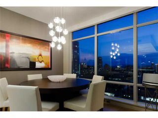 "Photo 3: 2703 788 RICHARDS Street in Vancouver: Downtown VW Condo for sale in ""L'HERMITAGE"" (Vancouver West)  : MLS®# V912496"