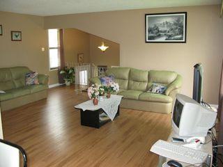 Photo 6: 95 Leeds Avenue in Winnipeg: Fort Garry / Whyte Ridge / St Norbert Residential for sale (South Winnipeg)  : MLS®# 1313245