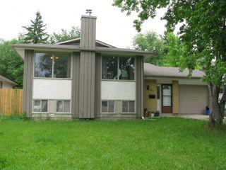 Photo 1: 95 Leeds Avenue in Winnipeg: Fort Garry / Whyte Ridge / St Norbert Residential for sale (South Winnipeg)  : MLS®# 1313245
