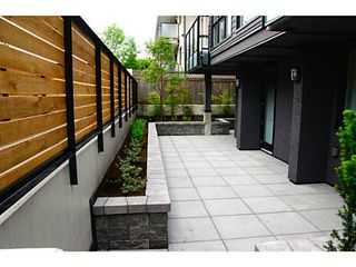 Photo 4: 101 562 E 7TH Avenue in Vancouver: Mount Pleasant VE Condo for sale (Vancouver East)  : MLS®# V1063790