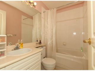 """Photo 9: 32 13499 92ND Avenue in Surrey: Queen Mary Park Surrey Townhouse for sale in """"Chatham Lane"""" : MLS®# F1414205"""