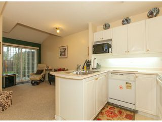 """Photo 10: 32 13499 92ND Avenue in Surrey: Queen Mary Park Surrey Townhouse for sale in """"Chatham Lane"""" : MLS®# F1414205"""