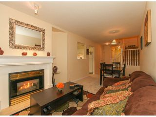 """Photo 4: 32 13499 92ND Avenue in Surrey: Queen Mary Park Surrey Townhouse for sale in """"Chatham Lane"""" : MLS®# F1414205"""