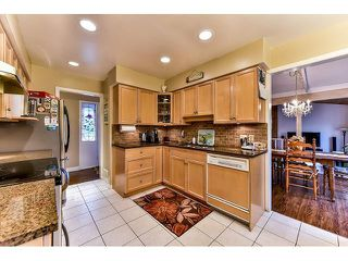Photo 6: 17523 HILLVIEW Place in Surrey: Grandview Surrey House for sale (South Surrey White Rock)  : MLS®# F1443017