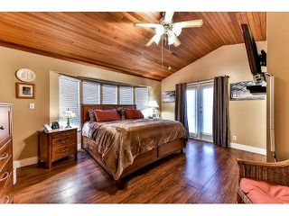 Photo 9: 17523 HILLVIEW Place in Surrey: Grandview Surrey House for sale (South Surrey White Rock)  : MLS®# F1443017