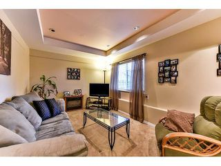 Photo 8: 17523 HILLVIEW Place in Surrey: Grandview Surrey House for sale (South Surrey White Rock)  : MLS®# F1443017