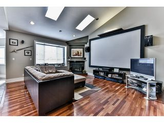 "Photo 9: 8461 WILDWOOD Place in Surrey: Fleetwood Tynehead House for sale in ""Tynehead"" : MLS®# R2047697"
