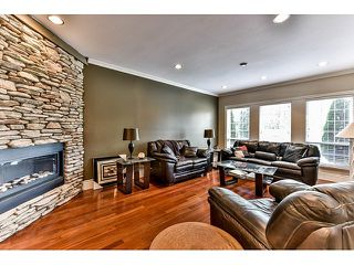 "Photo 5: 8461 WILDWOOD Place in Surrey: Fleetwood Tynehead House for sale in ""Tynehead"" : MLS®# R2047697"