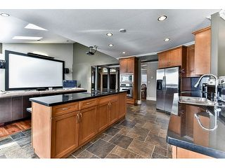 "Photo 13: 8461 WILDWOOD Place in Surrey: Fleetwood Tynehead House for sale in ""Tynehead"" : MLS®# R2047697"