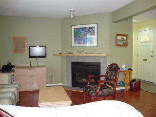 Photo 3: 2807 W 7TH Avenue in Vancouver: Kitsilano House 1/2 Duplex for sale (Vancouver West)  : MLS®# R2079932
