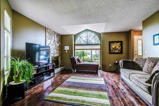 "Photo 3: 4 22875 125B Avenue in Maple Ridge: East Central Townhouse for sale in ""COHO CREEK ESTATES"" : MLS®# R2112830"
