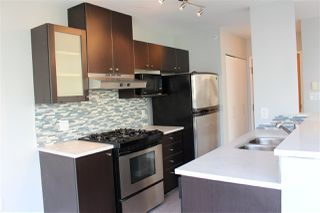 "Photo 2: 501 124 W 1ST Street in North Vancouver: Lower Lonsdale Condo for sale in ""THE Q"" : MLS®# R2115647"