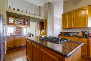 Photo 8: NORTH ESCONDIDO House for sale : 3 bedrooms : 1749 El Aire in Escondido