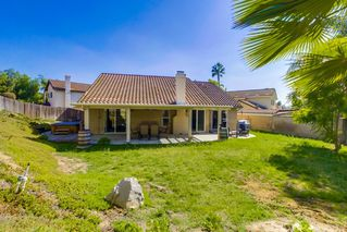 Photo 20: NORTH ESCONDIDO House for sale : 3 bedrooms : 1749 El Aire in Escondido
