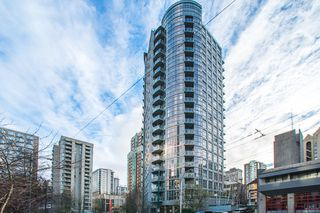 "Main Photo: 705 1050 SMITHE Street in Vancouver: West End VW Condo for sale in ""STERLING"" (Vancouver West)  : MLS®# R2133078"