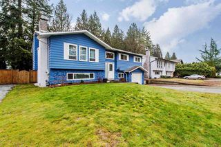 Photo 1: 34547 PEARL Avenue in Abbotsford: Abbotsford East House for sale : MLS®# R2140713