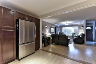 Photo 10: 484 MUNDY Street in Coquitlam: Central Coquitlam House 1/2 Duplex for sale : MLS®# R2142692