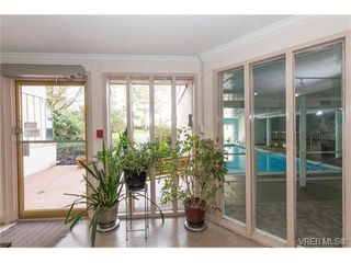 Photo 4: 109 3225 Eldon Pl in VICTORIA: SW Rudd Park Condo for sale (Saanich West)  : MLS®# 753127