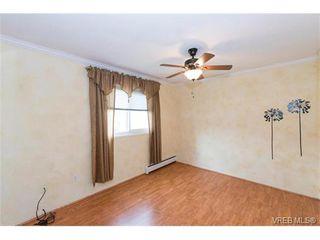 Photo 15: 109 3225 Eldon Pl in VICTORIA: SW Rudd Park Condo for sale (Saanich West)  : MLS®# 753127
