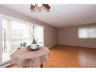 Photo 9: 109 3225 Eldon Pl in VICTORIA: SW Rudd Park Condo for sale (Saanich West)  : MLS®# 753127
