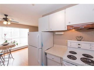 Photo 13: 109 3225 Eldon Pl in VICTORIA: SW Rudd Park Condo for sale (Saanich West)  : MLS®# 753127
