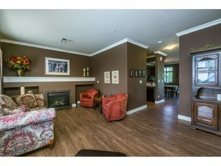 "Photo 3: 1 19932 70 Avenue in Langley: Willoughby Heights Townhouse for sale in ""SUMMERWOOD"" : MLS®# R2162359"