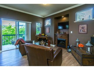 "Photo 5: 1 19932 70 Avenue in Langley: Willoughby Heights Townhouse for sale in ""SUMMERWOOD"" : MLS®# R2162359"
