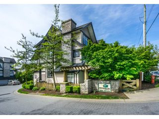 "Photo 2: 1 19932 70 Avenue in Langley: Willoughby Heights Townhouse for sale in ""SUMMERWOOD"" : MLS®# R2162359"