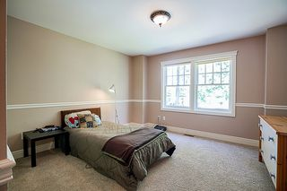 Photo 17: 12502 25 AVENUE in Surrey: Crescent Bch Ocean Pk. House for sale (South Surrey White Rock)  : MLS®# R2152300