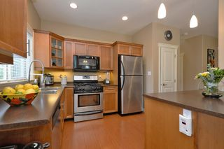 Photo 6: 1185 Colville Rd in VICTORIA: Es Rockheights Half Duplex for sale (Esquimalt)  : MLS®# 759933
