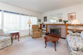 Photo 2: 4138 Carey Road in VICTORIA: SW Glanford Single Family Detached for sale (Saanich West)  : MLS®# 379222