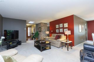 Photo 4: 12 4056 N Livingstone Ave in VICTORIA: SE Mt Doug Row/Townhouse for sale (Saanich East)  : MLS®# 766389