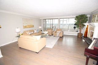 "Photo 4: 1701 320 ROYAL Avenue in New Westminster: Downtown NW Condo for sale in ""THE PEPPER TREE"" : MLS®# R2196193"