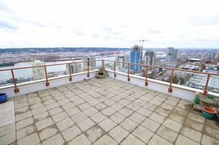 "Photo 14: 1701 320 ROYAL Avenue in New Westminster: Downtown NW Condo for sale in ""THE PEPPER TREE"" : MLS®# R2196193"