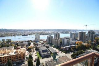 "Photo 1: 1701 320 ROYAL Avenue in New Westminster: Downtown NW Condo for sale in ""THE PEPPER TREE"" : MLS®# R2196193"