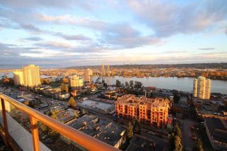 "Photo 2: 1701 320 ROYAL Avenue in New Westminster: Downtown NW Condo for sale in ""THE PEPPER TREE"" : MLS®# R2196193"