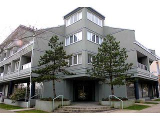 Main Photo: 304 315 Renfrew St. in Vancouver: Hastings East Condo for sale (Vancouver East)  : MLS®# V927845