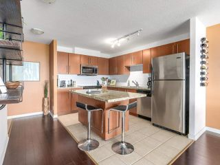 "Photo 4: 404 2138 MADISON Avenue in Burnaby: Brentwood Park Condo for sale in ""MOSAIC / RENAISSANCE"" (Burnaby North)  : MLS®# R2212688"