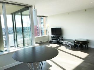 Photo 4: 2502 33 SMITHE STREET in Vancouver: Yaletown Condo for sale (Vancouver West)  : MLS®# R2228329
