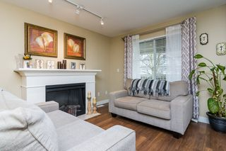 """Photo 4: 22 6568 193B Street in Surrey: Clayton Townhouse for sale in """"BELMONT AT SOUTHLANDS"""" (Cloverdale)  : MLS®# R2229685"""