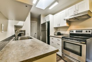 """Photo 8: 502 9672 134 Street in Surrey: Whalley Condo for sale in """"Parkswood (Dogwood Building)"""" (North Surrey)  : MLS®# R2230294"""