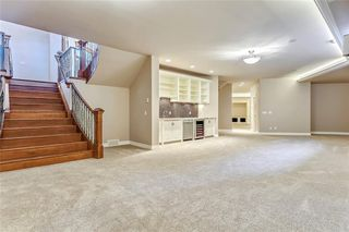 Photo 44: 17 ELVEDEN PT SW in Calgary: Springbank Hill House for sale : MLS®# C4161606